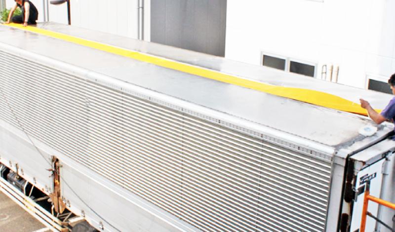 ウイング車センターシート張り替え修理