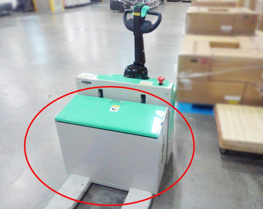 赤枠部分に積荷がぶつかり、荷物の損傷やハンドリフトが故障する恐れがあります